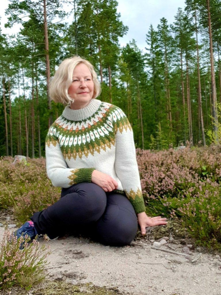 Anne Mäkinen tekee parhaillaan väitöskirjaa, jonka hän on valinnut hätäkeskustyötä ajatellen.